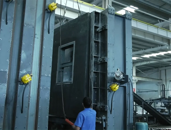 北京燕通大型成组立模生产线生产现场