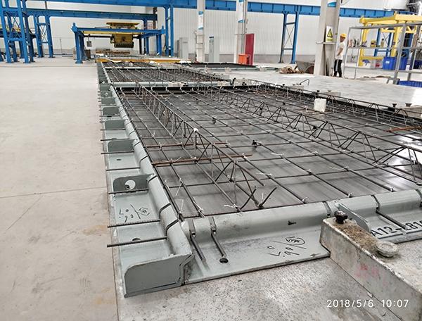 中建科技叠合板模具生产现场